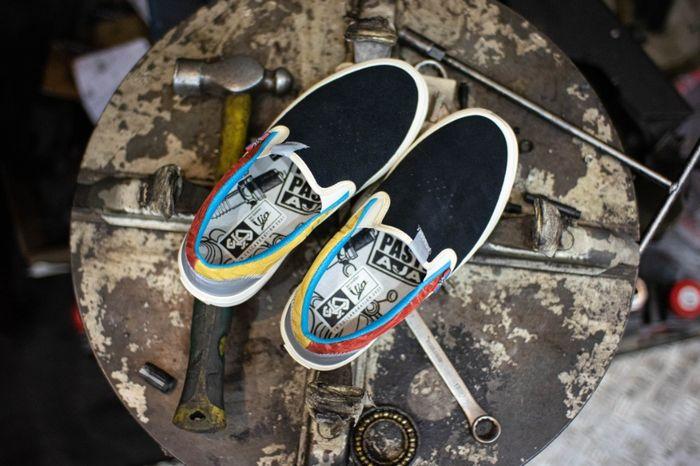 Krafty Series hasil kolaborasi Scooter VIP x SKO Shoes hanya diproduksi 350 pasang