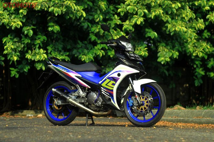 Modifikasi Yamaha New Jupiter MX 135 bergaya komorod dengan sentuhan aliran Vietnam