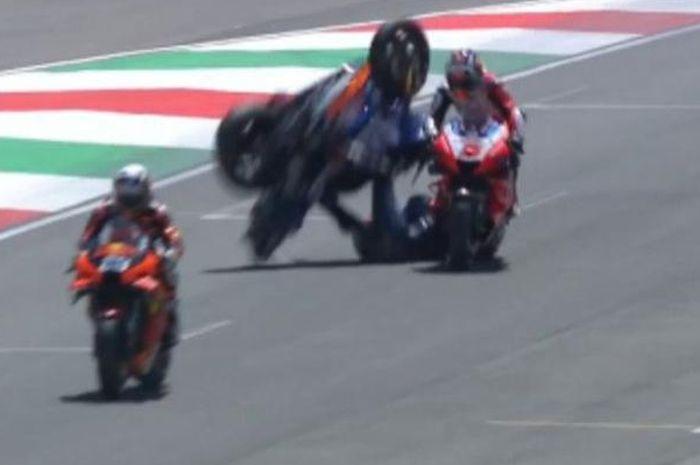 Mendadak Seruduk Johann Zarco sebelum start balapan MotoGP Italia 2021, begini penjelasan Enea Bastianini