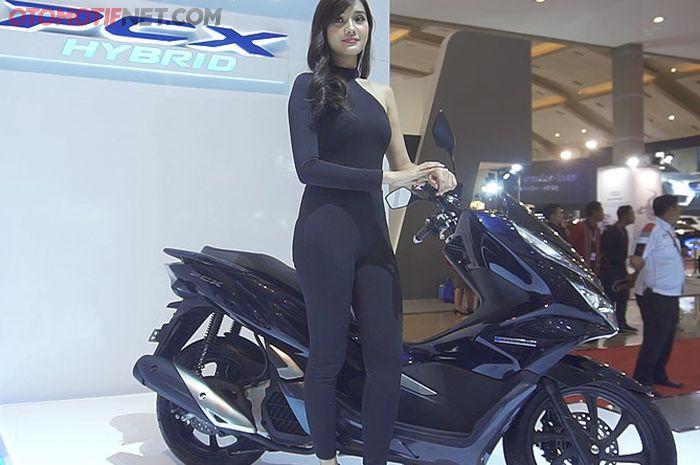 Honda PCX Hybrid a