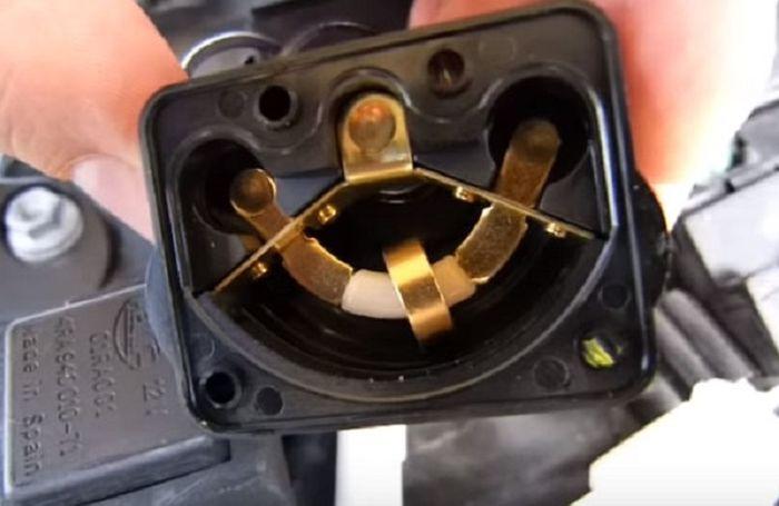 Bagian dalam Lean Angle Sensor