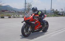 Naik Ducati Superleggera V4 Kaya Gak Naik Moge, Bahannya Serba ringan!