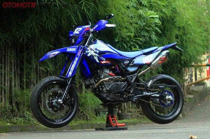 Modifikasi Yamaha WR 155R dengan konsep minimalis untuk daily user