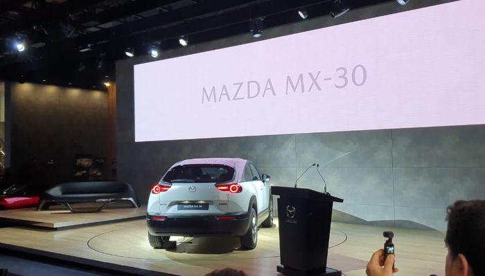 Mazda MX-30 usung teknologi e-SKYACTIV