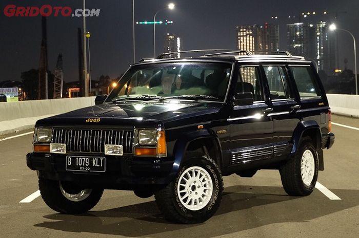 Jeep Cherokee 4x4 >> Otoseken Jeep Cherokee Xj Sang Suv 4x4 Rp 100 Jutaan