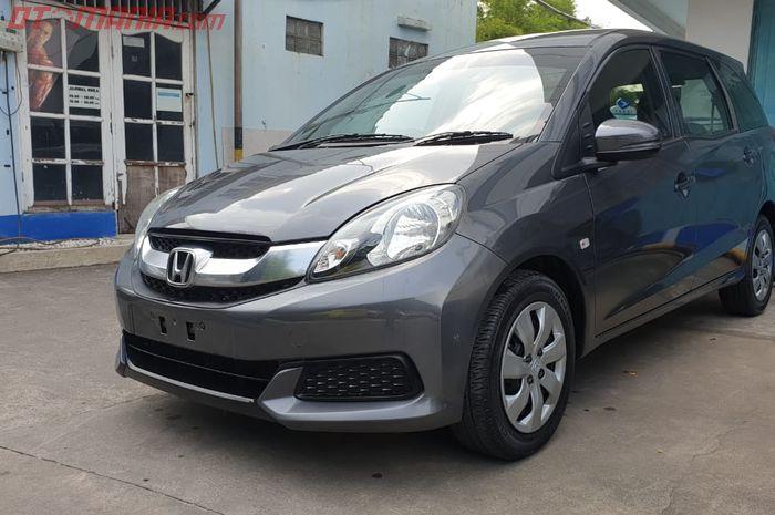 Honda Mobilio facelift 2016  bekas taksi