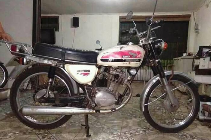 Bikin Kaget Honda Cb 100 Ini Dijual Seharga Rp 30 Juta