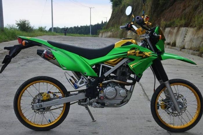 Bikin Gemes Motor Trail Dikasih Ban Cacing Mau Lawan Takdir