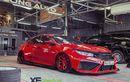 Honda Civic Turbo Aura Serba Merah, Tampang Brutal Tapi Juga Mempesona