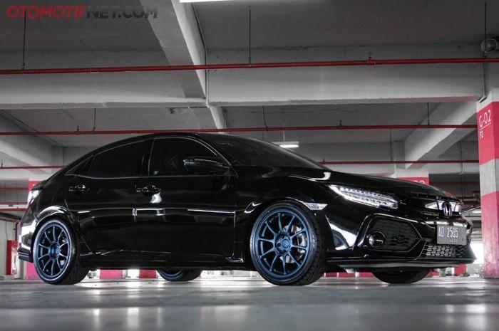Modifikasi Honda Civic Hatchback 1.5 Turbo