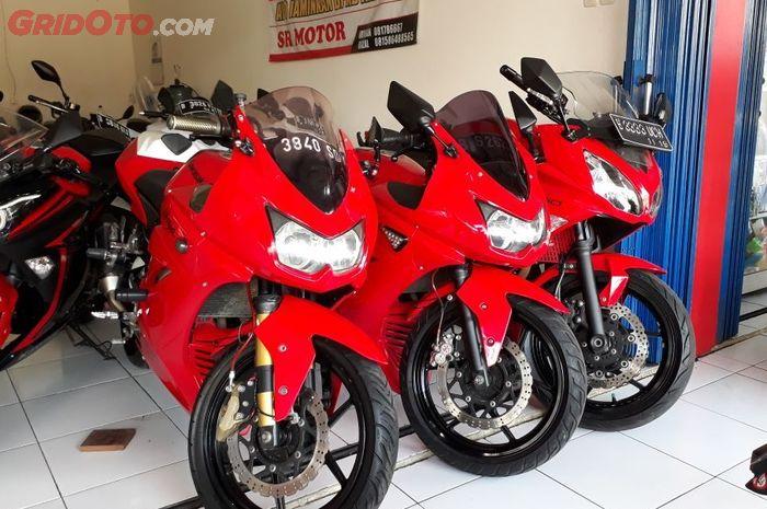 Bursa Motor Bekas Daftar Harga Kawasaki Ninja 250 Karbu Mulai Rp