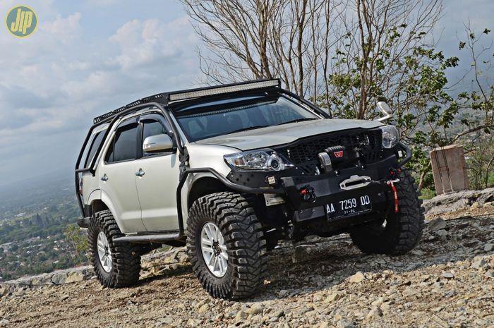 Modifikasi Toyota Fortuner 2012
