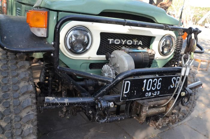 Modifikasi Toyota Land Cruiser FJ40