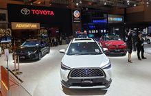Pemberlakuan Pajak Emisi Bikin Harga Mobil Baru Toyota Kena Revisi, Innova Naik Tipis, Altis dan Camry Anjlok Segini