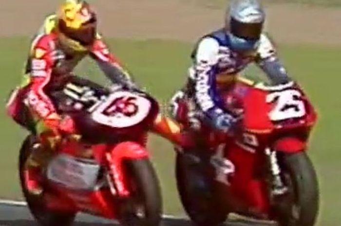 Flashback! Keganasan Valentino Rossi Saat masih muda di Lintasan MotoGP, pembalap asal Jepang ini jadi korbannya