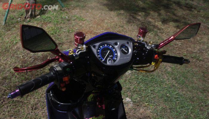 Sektor setang Yamaha Nouvo tampil lebih sporty dengan part istimewa