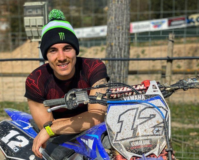 Maverick Vinales cedera saat latihan motocross