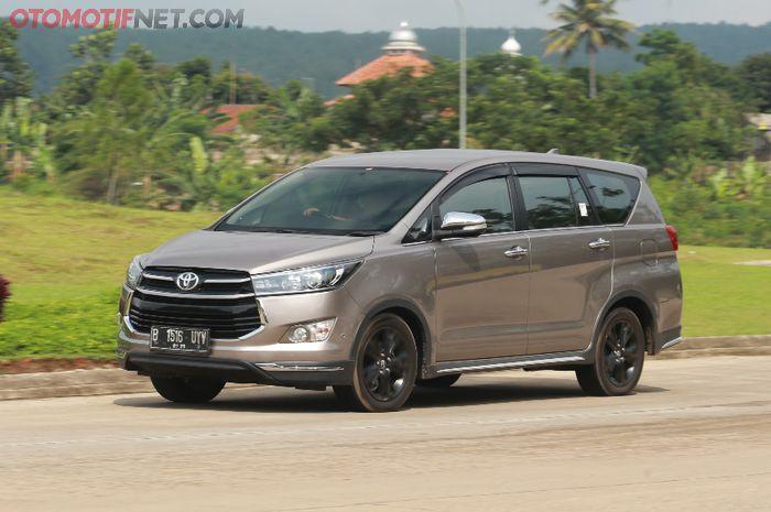 (Ilustrasi) Toyota All New Kijang Innova