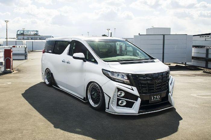 Modifikasi Toyota Alphard hasil garapan bengkel Jepang, Sixth Sense