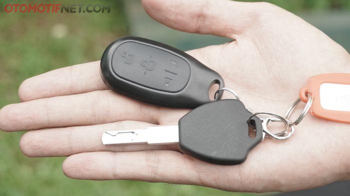 Nih anak kunci Rakata X5 yang canggih, bisa buat nyalain motor dari jarak jauh