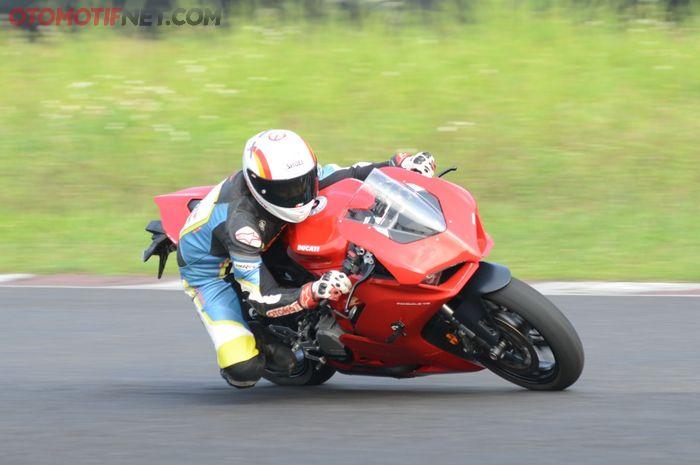 Ducati Panigale V2 punya bobot ringan hanya 176 kg
