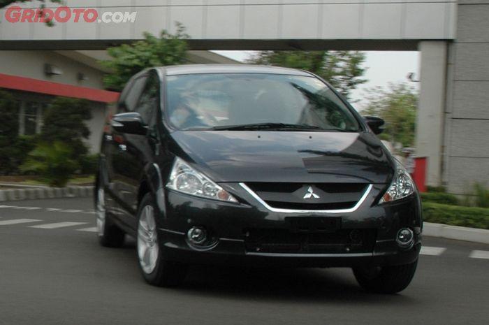 Seken Keren Ini Daftar Harga Mitsubishi Grandis Gridoto Com