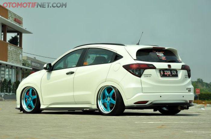 Honda HR-V E milik Albiee tampak belakang