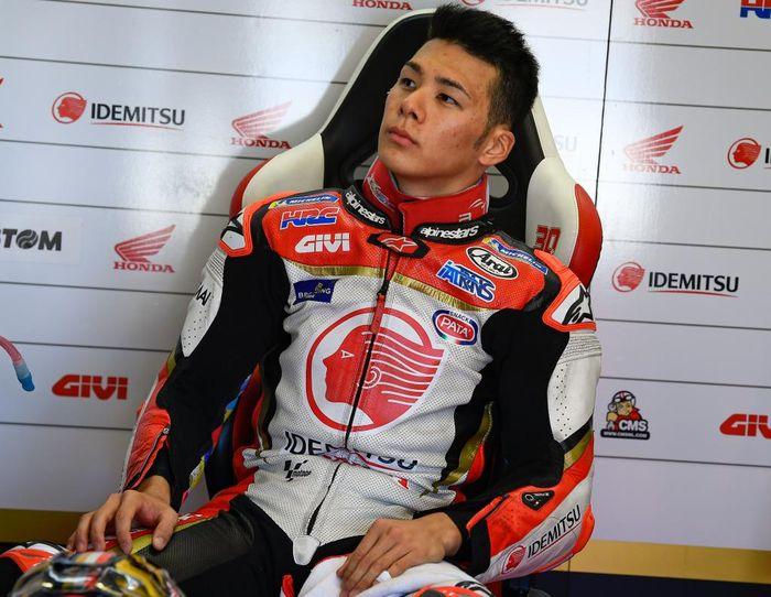 Sejak Marquez absen akibat cedera patah tulang lengan, Nakagami memang seolah jadi rider utama Honda Racing Corporation (HRC)