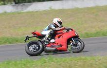 Test Ride Ducati Panigale V2, Jadi Panigale Paling Murah, Tapi Fitur Tetap Kekinian!