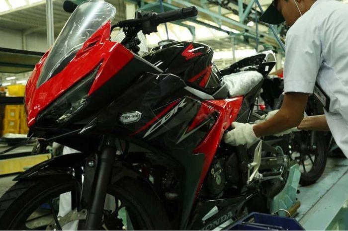 Harga Honda Cbr150r Paling Mahal Ini Daftar Harga Motor Sport 150 Cc Per 2 Juli 2020 Gridoto Com