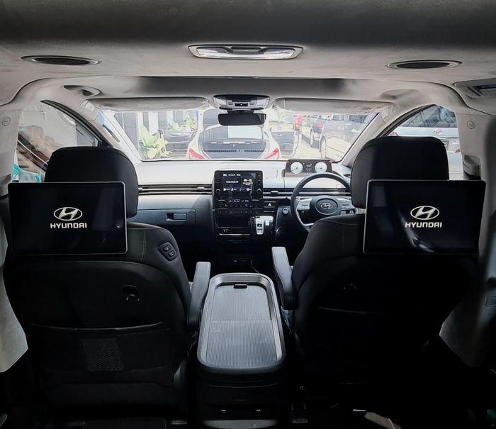 Headrest monitor Android untuk Hyundai Staria lansiran Dynavin