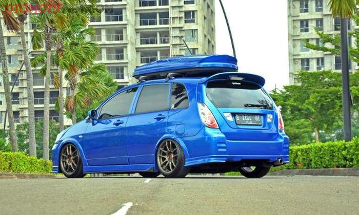 Cat pakai Bayside Blue dari Nissan Skyline R34 nih!