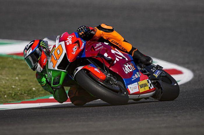 Adik Valentino Rossi Finis Di Urutan 17 Motogp Italia 2021 Ruben Xaus Pelajaran Untuk Luca Marini Gridoto Com