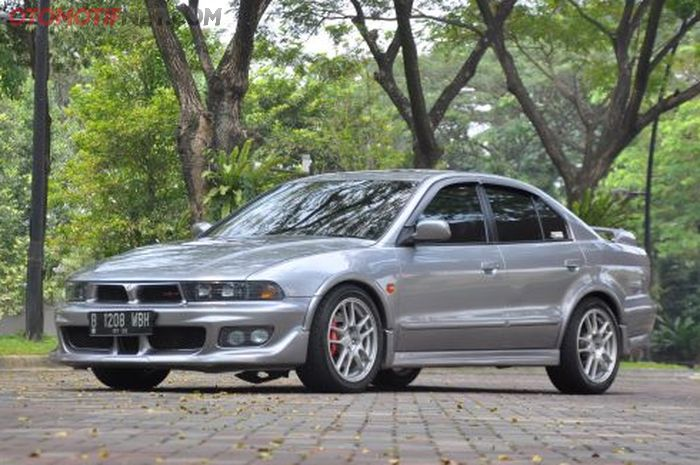 Mitsubishi Galant V6 milik Andrian, kini berubah tampang ala VR4 JDM