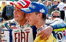 Bos MotoGP Murka Valentino Rossi Dibandingkan Dengan Jorge Lorenzo