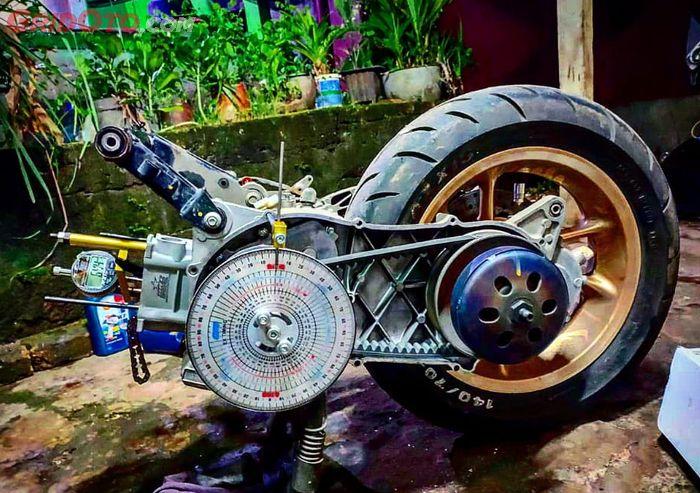 Ilustrasi mesin motor matic bore up
