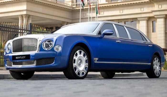 Mulsanne 2015 jadi limusin ini semula siap dikirim ke konsumen Bentley di Uni Emirat Arab