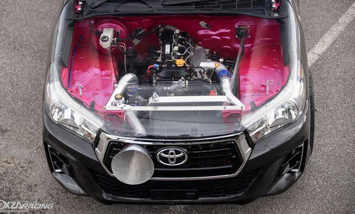 Toyota Hilux punya kap mesin transparan dan pasang air funnel besar