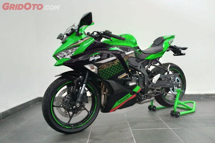 Resmi Kawasaki Ninja Zx 25 R Dibanderol Mulai Rp 96 Juta Diproduksi Cuma 2 000 Unit Gridoto Com