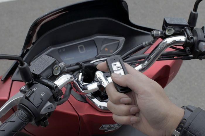 Ilustrasi Smart Key System di All New Honda PCX 160