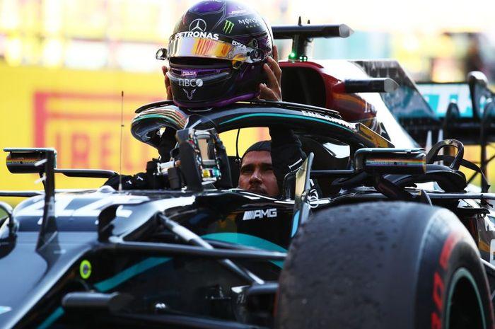 Lewis Hamilton belum perpanjang kontrak dengan tim