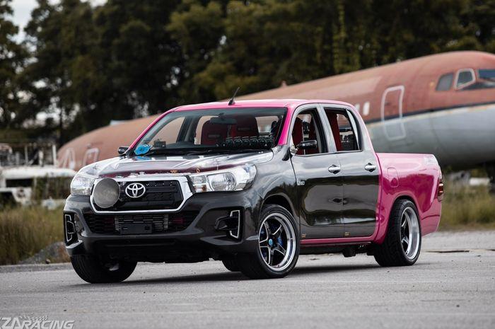 Modifikasi Toyota Hilux asal Thailand dengan tampilan racing