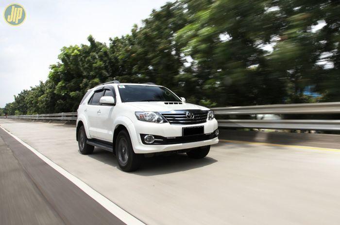 Toyota Fortuner 4WD 2015 Tetradrive