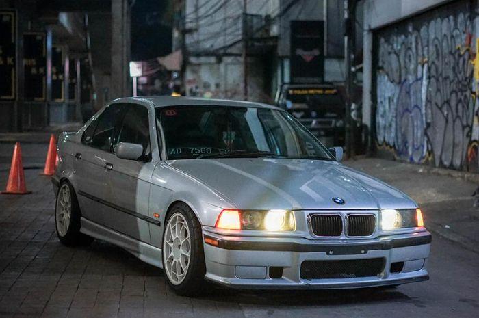 Modifikasi BMW E36, modif simpel ganteng kaki-kaki bergaya meaty