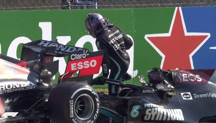 Lewis Hamilton selamat dari kecelakaan mengerikan di balap F1 Italia 2021