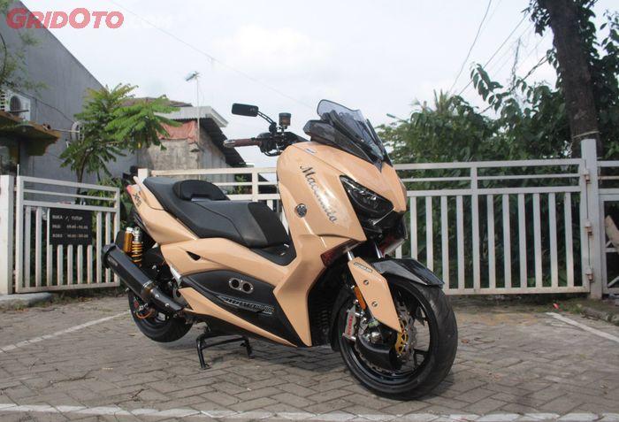 Yamaha XMAX modifikasi